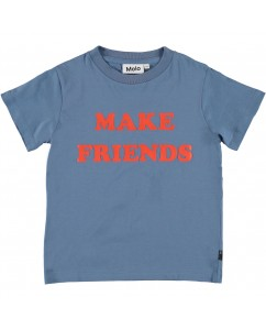 T-shirt make friends